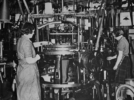 Women working at Manawatu Knitting Mills