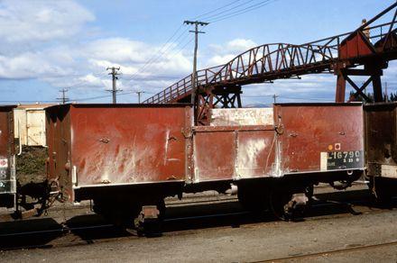 LA class freight wagon