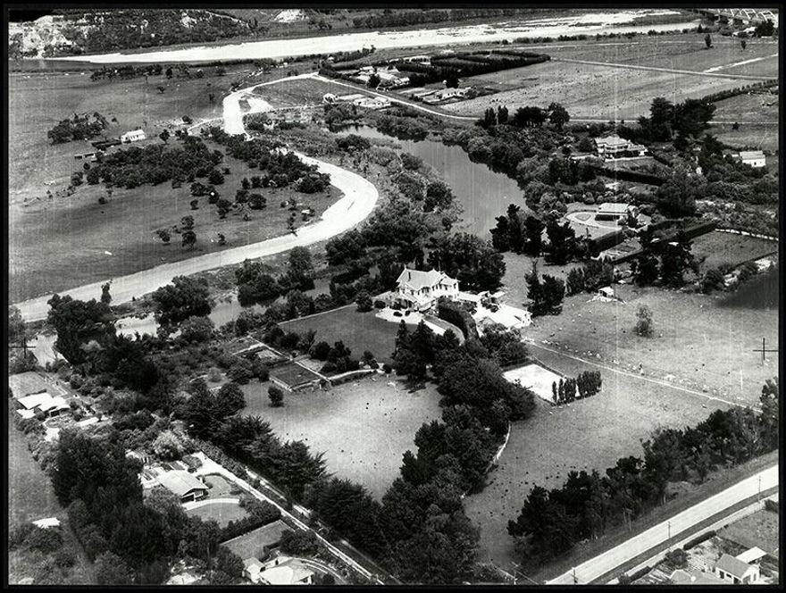 Oblique Aerial Photographs of Caccia Birch House, 1940