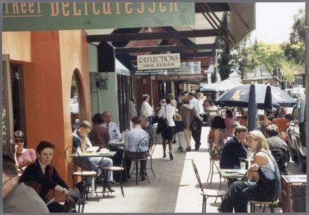Cafe Scene, George Street