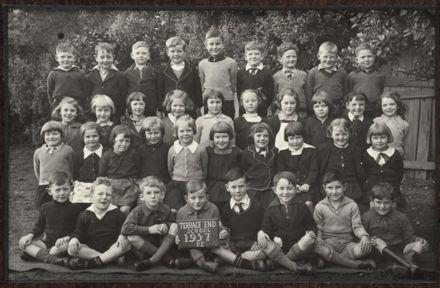 Terrace End School - Primer 2, 1937