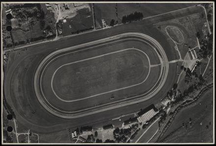 Aerial map, 1966 - M13
