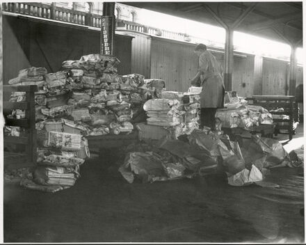 Loadings of Newspapers at Palmerston North Railway Station