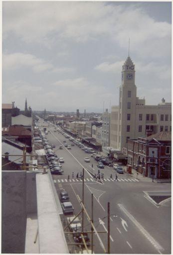Broadway Avenue, 1964