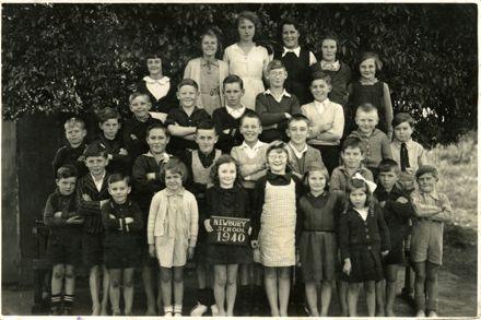 Newbury School class photo, 1940