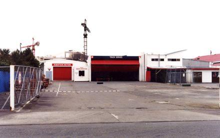 Robertson Motors - Amesbury Street