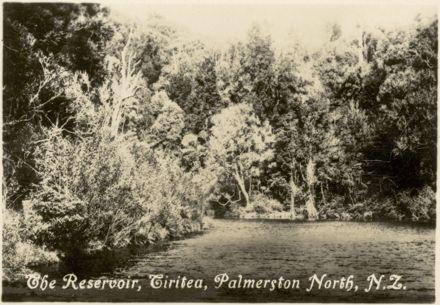 "Palmerston North Souvenir Photo Cards - ""The Reservoir, Tiritea"""