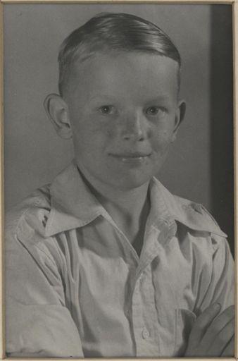 Brian Yuile - Terrace End School Dux, 1952
