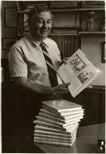 Ian Malcolm, Librarian