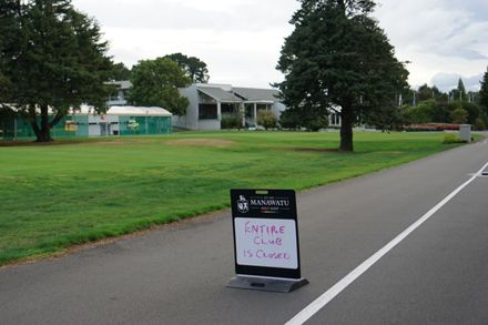 COVID-19 Closure Sign  - Manawatū Golf Club