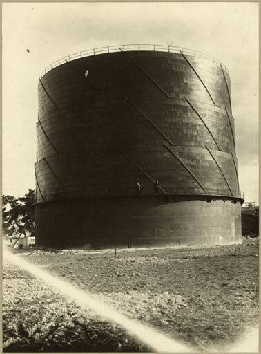 Gas holder at Gasworks, Napier Road