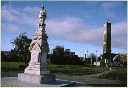 Hopwood Clock Tower and Te Peeti Te Awe Awe