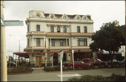 Grand Hotel, The Square