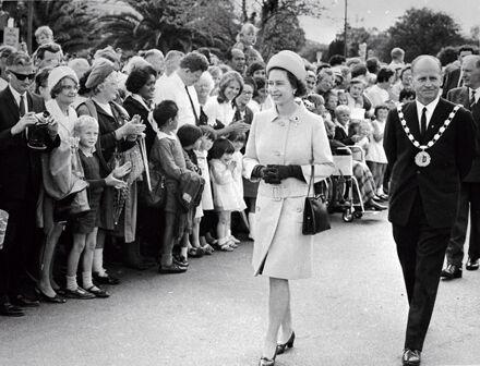 Queen Elizabeth II with Mayor Black