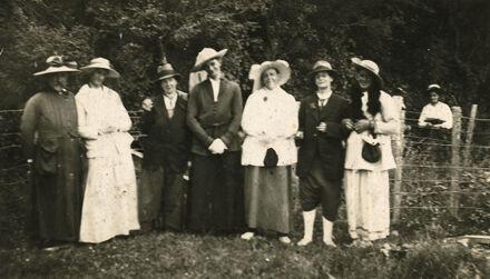 Cross-dressed Men and Women