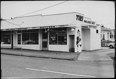Ruahine Street shops