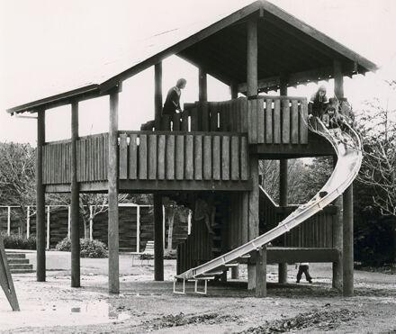 Playground, Victoria Esplanade