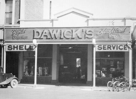 Dawick's Electrical Garage, Cuba Street
