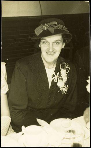 Doris Mackrell