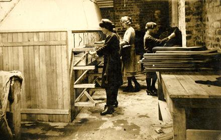 Women at work at the Manawatu Knitting Mills