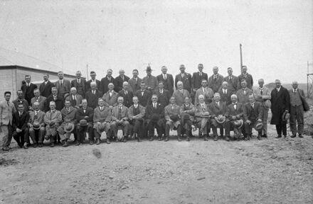 Manawatu-Oroua Electric Power Board and Local Body Representatives