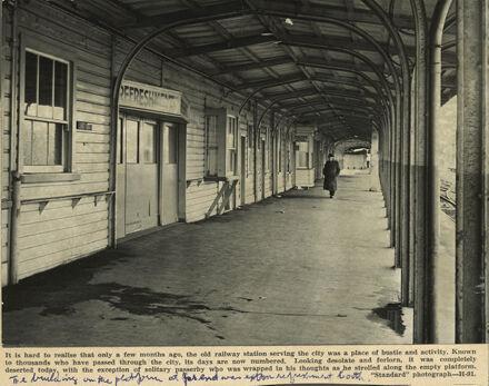 Palmerston North Railway Station, Main Street