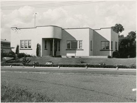 4 Awatea Terrace (?), Palmerston North
