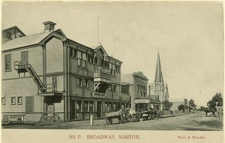 Broadway, Marton