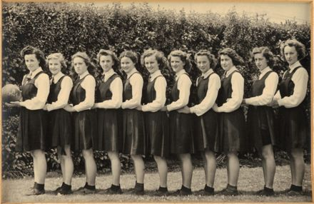 Palmerston North Technical School Netball B, 1945