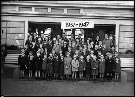 Mangamaire School - Class of 1937-1947