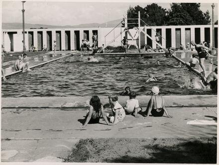 Hokowhitu School Swimming Baths