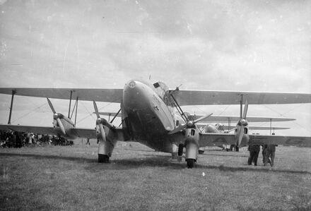 Union Airways aircraft, Milson Airport
