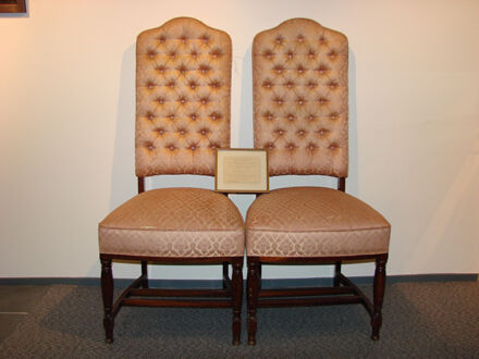 Image 3: Royal Chairs