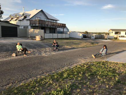 Foxton Beach - Covid-19 socialising