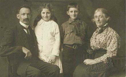 Griffiths family portrait.
