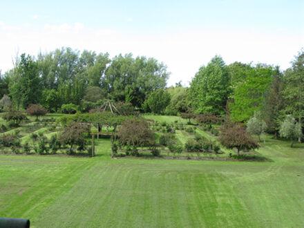 Highden Manor Estate gardens, Awahuri