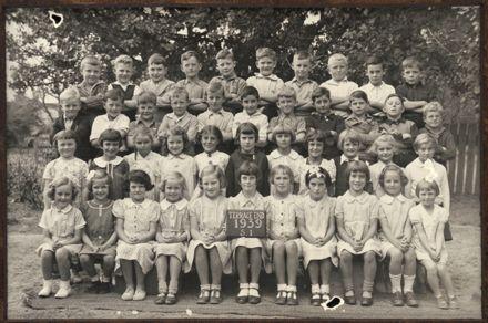 Terrace End School - Standard 1, 1939