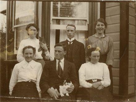 William and Jane Chapman's children (+ guest)