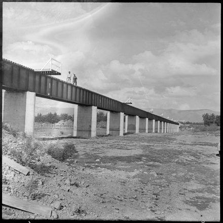 """Steel and Concrete Span the Manawatu River"""