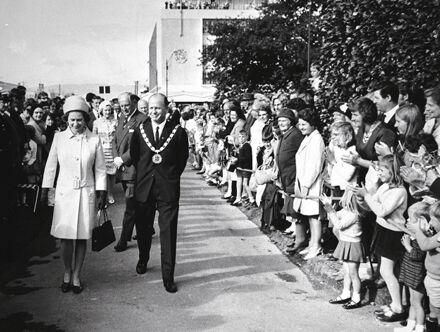 Queen Elizabeth II and Mayor Black