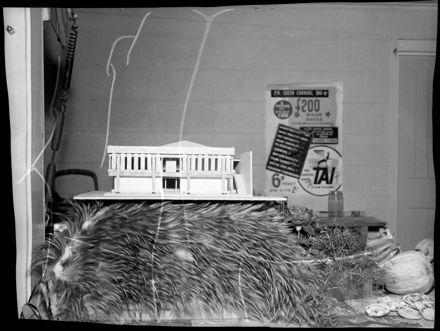 """""""Maori Memorial Community Centre"""" Scale Model"""