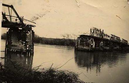 Whirokino Bridge