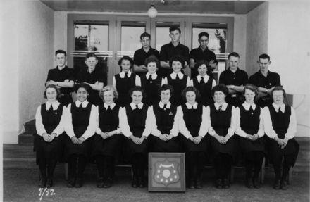 Foxton School, Thompson Shield Athletic Team, 1952