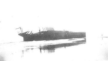 'Hydrabad' shipwreck, c 1940