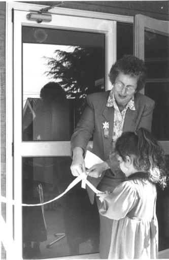 Judy Keall (MP) Opening Lonsdale Building, Foxton, 1994