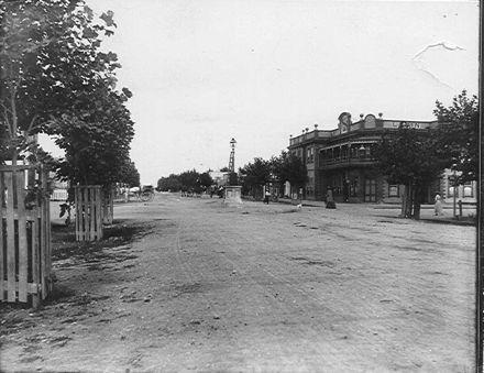 Oxford Street, Levin, c.1906