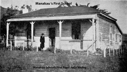 Manakau's first School