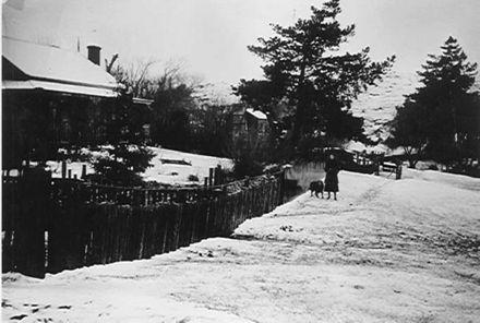 Snow at 'Lakeside' (H.H. McDonald residence)