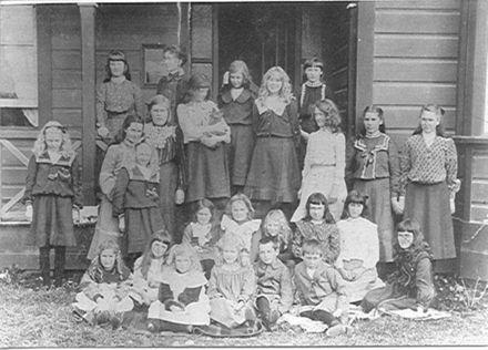 Mrs Fitzherbert's School, Queen Street West, Levin