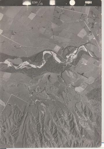 Ohau River showing Florida Road, Kimberley Road and Gladstone Road, 1942